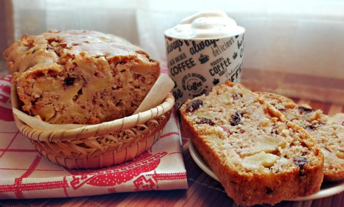 plumcake integrale alle mela mangiapositivo-min