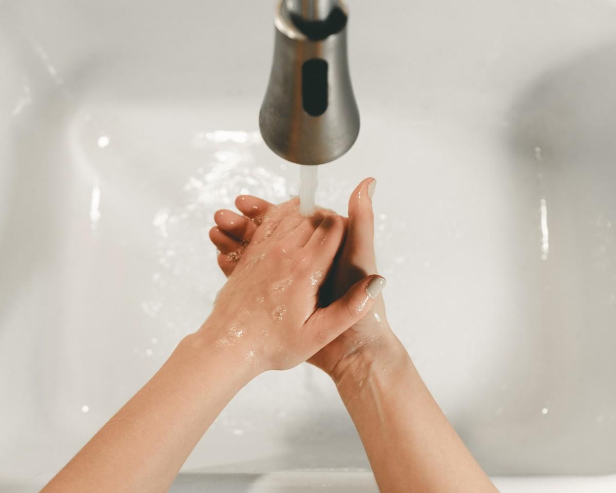 Lavarsi le mani coronavirus